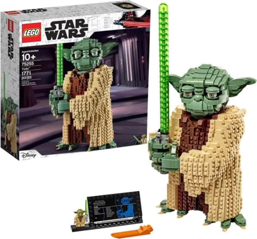 LEGO Star Wars El Ataque de los Clones (1771 elementos) Yoda (75255)